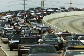 Traffic from Hurricane Floyd